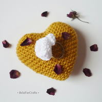 Adjustable ring with cotton flower - Knitted textile accessories