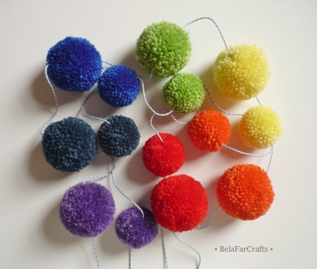 Rainbow pom poms garland - Gender neutral baby shower gift