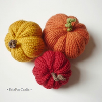 Farmhouse pumpkins (3) - Hand knitted squashes - Fall wedding favours