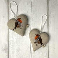 Hanging Heart - Robin