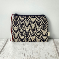 Coin Purse - Navy and Beige Waves - Zip Purse