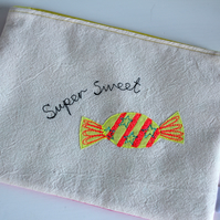 Super Sweet Cotton Applique Purse