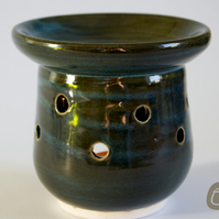 Oil Burner - Midnight Blue - Essential Oil Burner - Ceramic Candle Holder