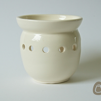 Cream Oil Burner - Essential Oil Burner - Ceramic Candle Holder