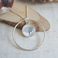Silver Mighty Oak Tree of Life Illustration Charm Circle Pendant Necklace