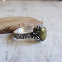 Norwegian Epidote Sterling Silver Leaf Ring Woodland Bark Texture Band No.1