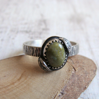 Norwegian Epidote Sterling Silver Leaf Stack Ring Bark Texture Band No.3