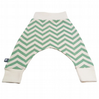 ORGANIC Baby HAREM PANTS Relaxed Green CHEVRON Trousers A GIFT IDEA by BellaOski