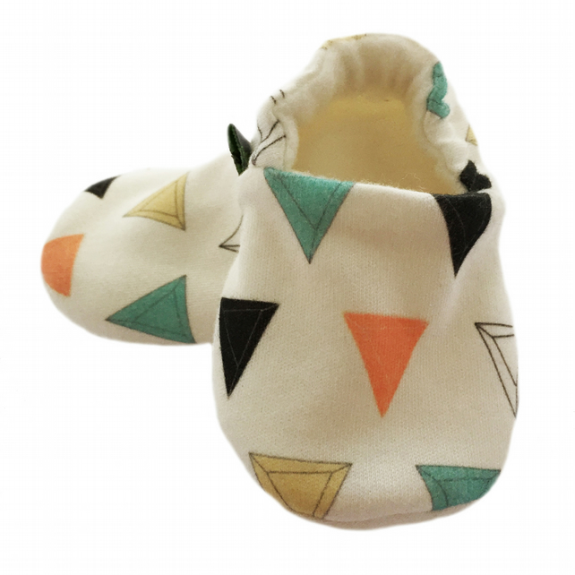 ORGANIC Multi PRISM TRIANGLES Kids Slippers Pram Shoes NEW BABY GIFT IDEA 0-9Y
