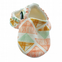 BELLAOSKI Scribble TRIANGLES BABY SLIPPERS Pram Shoes GIFT IDEA 0-18M