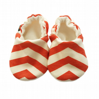 ORGANIC Birch SKINNY CHEVRONS CORAL Kids Slippers Pram Shoes BABY GIFT IDEA 0-9Y