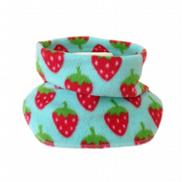 Handmade STRAWBERRIES Fleece GIRL'S NECK WARMER DUDE SNOOD Kids SCARF