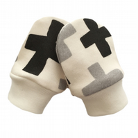 ORGANIC Baby SCRATCH MITTENS in BLACK & GREY SWISS CROSS  A New Baby Gift Idea