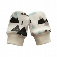 ORGANIC Baby SCRATCH MITTENS in BLUE & GREY MOUNTAINS  A New Baby Gift Idea