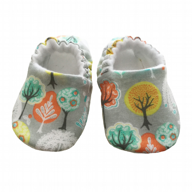 Baby Shoes First Walkers Grey WOODLAND Slippers Pram Shoes Gift Idea 0-24M
