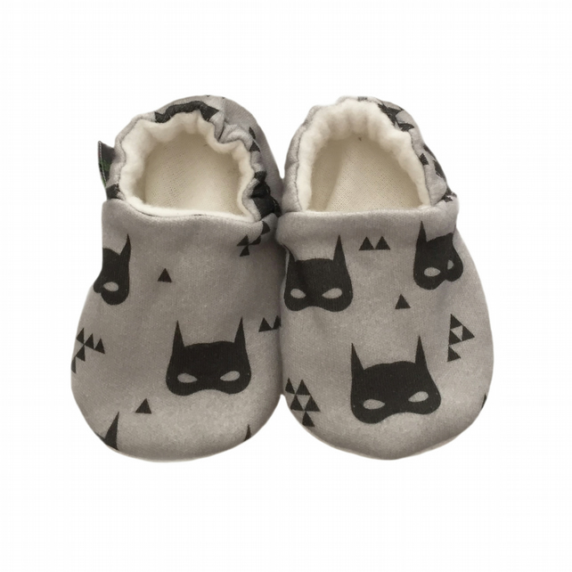 BABY PRAM SHOES Organic Grey SUPERHERO MASKS Soft soled Slippers GIFT IDEA 0-24M