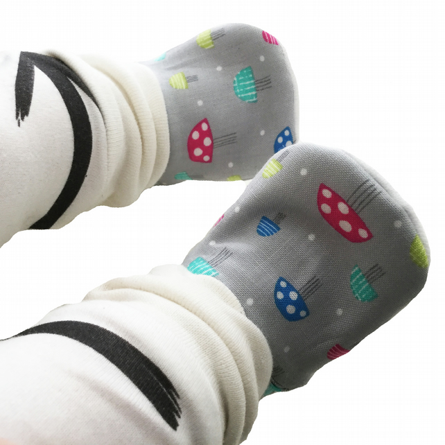 Baby Shoes First Walkers Grey TOADSTOOLS Kids Slippers Pram Shoes Gift Idea 0-9Y