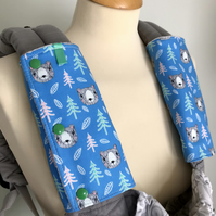 TEETHING PADS Strap Covers for ERGO Baby Carrier in Bears on Blue Fabric