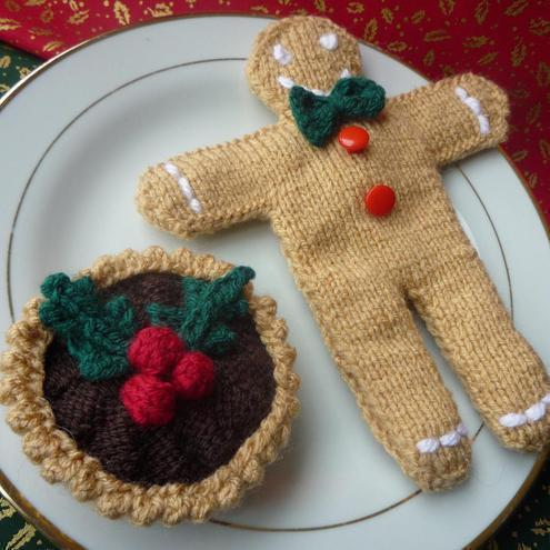KNITTING PATTERN for GINGERBREAD MAN and chris... - Folksy