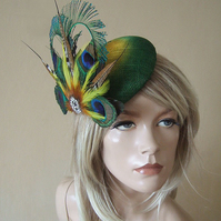 Emerald Green Yellow Peacock Feathers Crystal Ombre Button Fascinator Hat