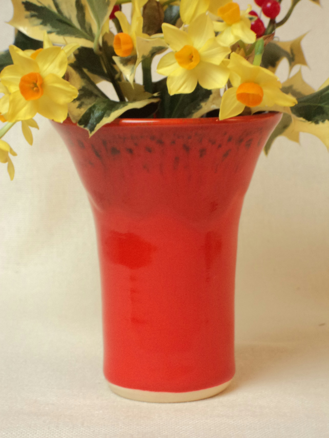 Medium Flared Vase in Red Mottle Glaze