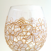 Pair of White lace wine goblet