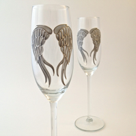 Pair of Angel Wings Champagne Flutes