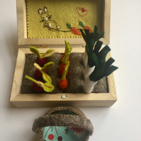 MIni garden - Felt garden box- Felt vegetables