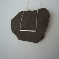 Single silver tube necklace