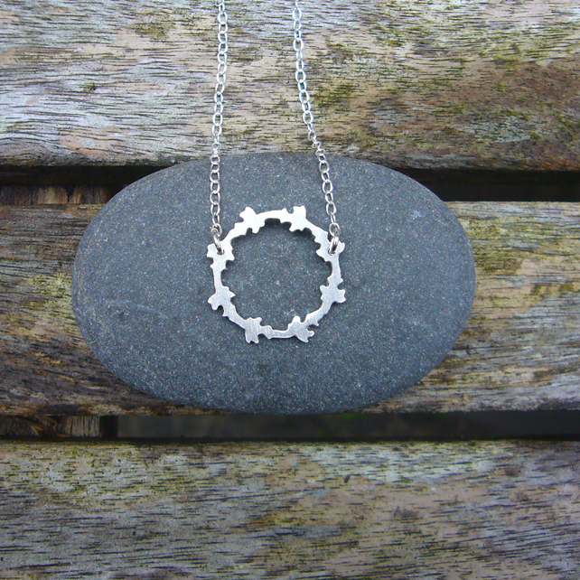 Sterling silver round necklace