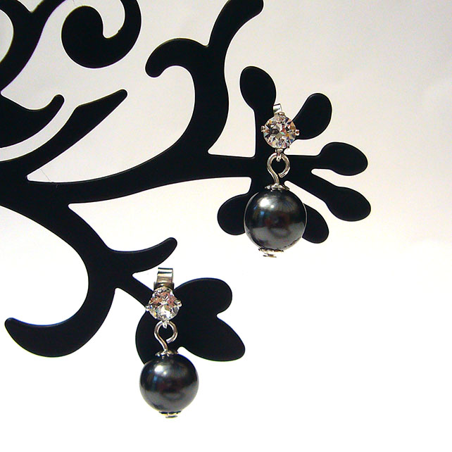 Black bead & crystal earrings