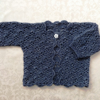 Stunning baby girl lace jacket in navy blue luxury wool mix. Size approx 12 mont