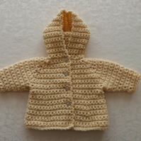 Baby girl hooded coat in pale yellow cream wool. 3-6 months