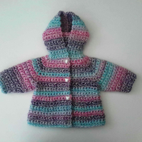 Baby girl hooded coat in white pink purple blue wool and mohair. 0-4 months