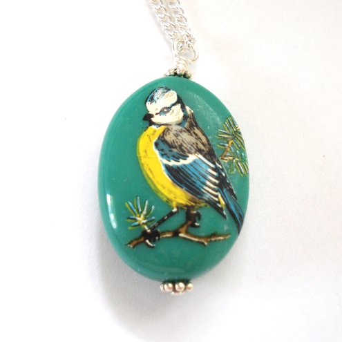 Vintage Bird Vibrant Green Necklace