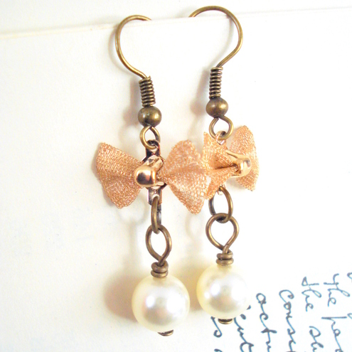 Pretty Pearl Drop with Bow Earrings