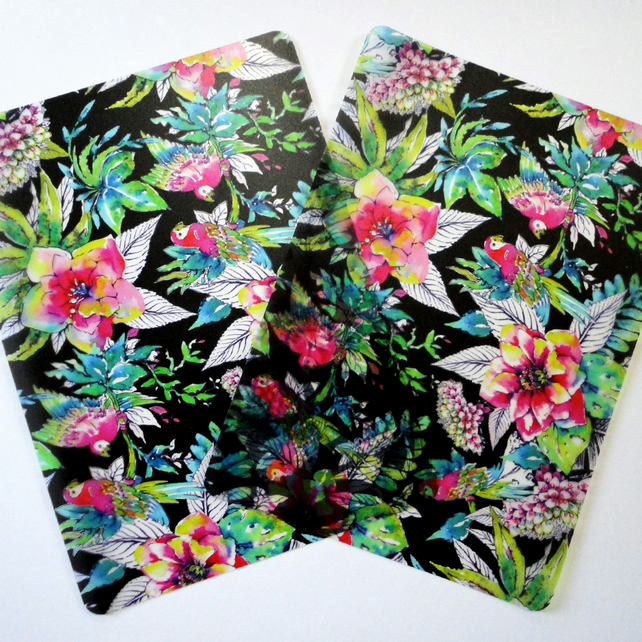 Two Plastic Company of Parrots Placemats