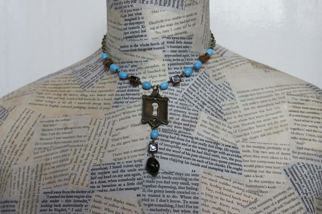 Turquoise Bead Vintage Steampunk Keyhole Key Charm Gold Necklace