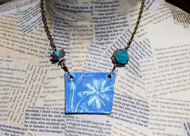 Embossed Clay Blue Flower Bee Charm Gold Necklace