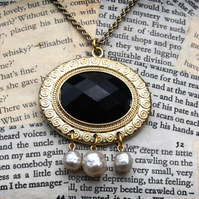 SALE Gold and Black with Pearl Oval Necklace
