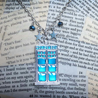 Doctor Who Tardis Poilce Box Silver Necklace