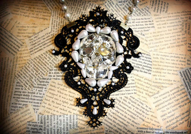 Black Lace Resin Skull Skeleton Pearl Bead Steampunk Goth Statement Bib Necklace