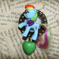 My Little Pony Rainbow Dash Toy Character Love Hear Statement Brooch