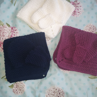 Baby gift set small inc a hat, mittens and snuggle blanket