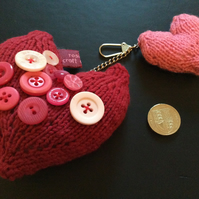 knitted padded hearts keyring with red and pink hearts decorated with buttons