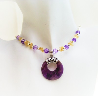 Semi-precious pendant necklace. Amethyst, Crackled quartz, Citrine.