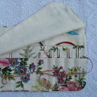 vintage floral fabric knitting needle wrap