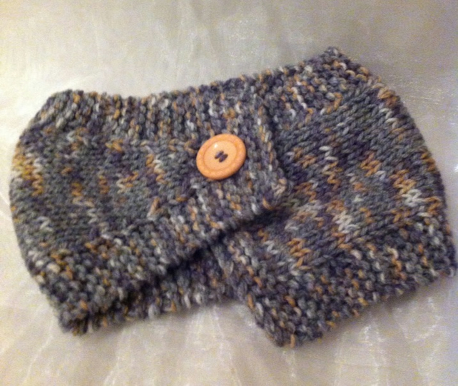 Pretty knitted wool  neck warmer