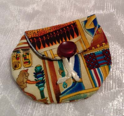 Little Egyptian pattern coin purse