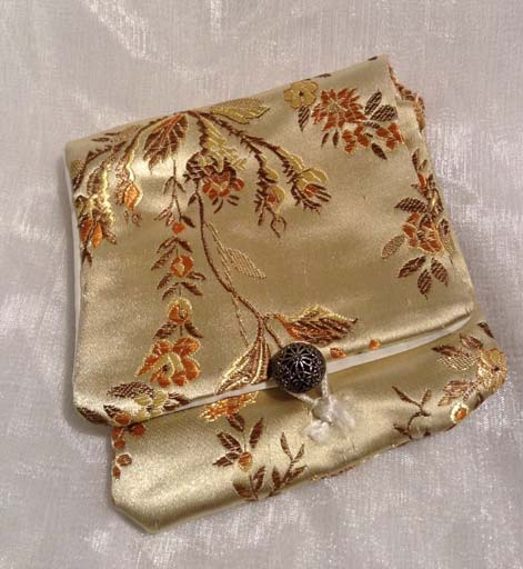 Chinese silk coin purse